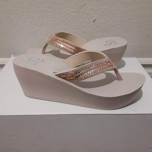 So sandals